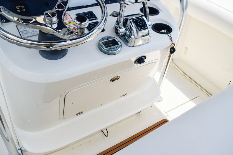 Thumbnail 20 for Used 2006 Boston Whaler 240 Outrage boat for sale in West Palm Beach, FL