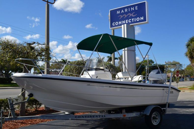 Photo for 2000 Boston Whaler 18 Dauntless