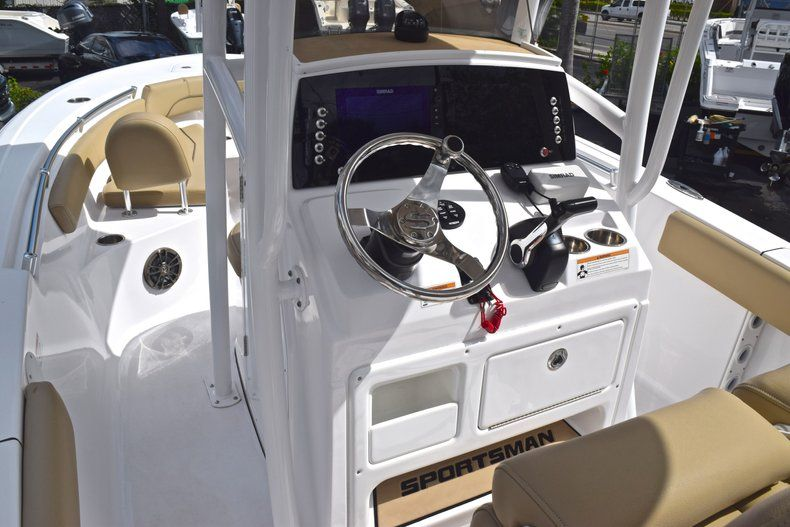 Image 19 for 2017 Sportsman Open 212 Center Console in West Palm Beach, FL