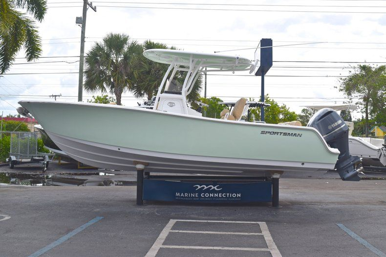Thumbnail 5 for New 2019 Sportsman Heritage 241 Center Console boat for sale in Islamorada, FL