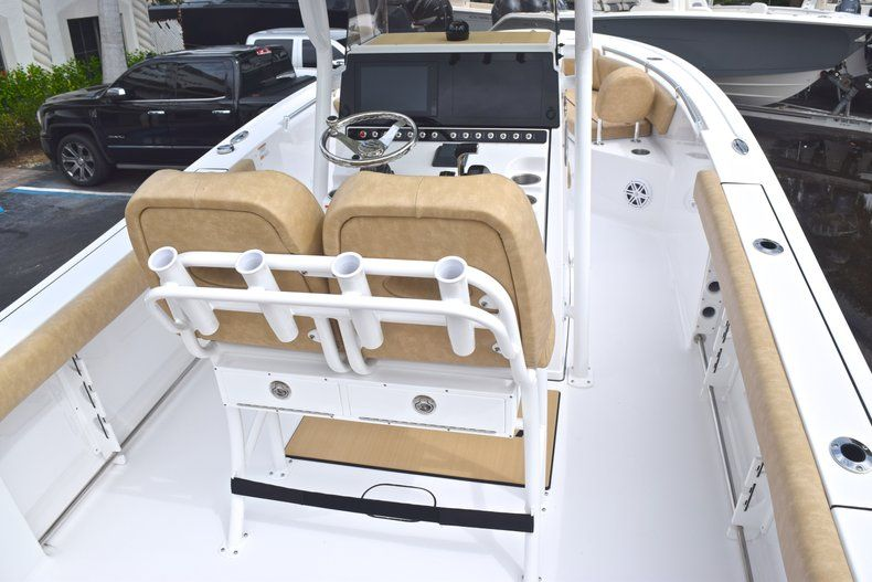Thumbnail 10 for New 2019 Sportsman Heritage 241 Center Console boat for sale in Islamorada, FL