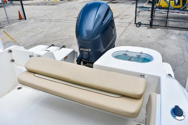 Thumbnail 11 for Used 2018 NauticStar 22XS boat for sale in Fort Lauderdale, FL