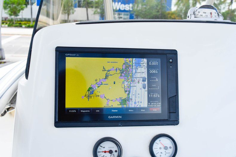 Thumbnail 25 for Used 2018 NauticStar 22XS boat for sale in Fort Lauderdale, FL