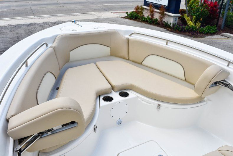Thumbnail 40 for Used 2018 NauticStar 22XS boat for sale in Fort Lauderdale, FL