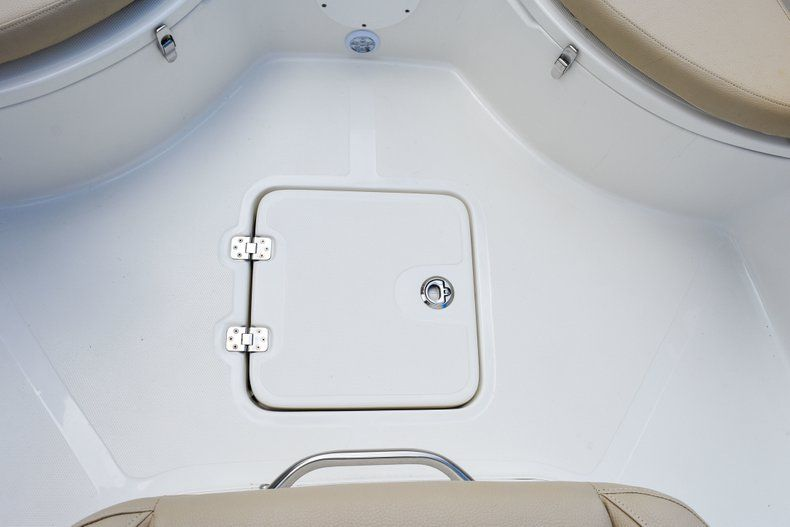 Thumbnail 41 for Used 2018 NauticStar 22XS boat for sale in Fort Lauderdale, FL