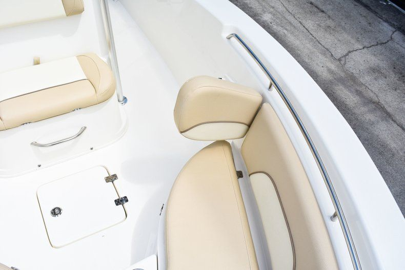 Thumbnail 54 for Used 2018 NauticStar 22XS boat for sale in Fort Lauderdale, FL