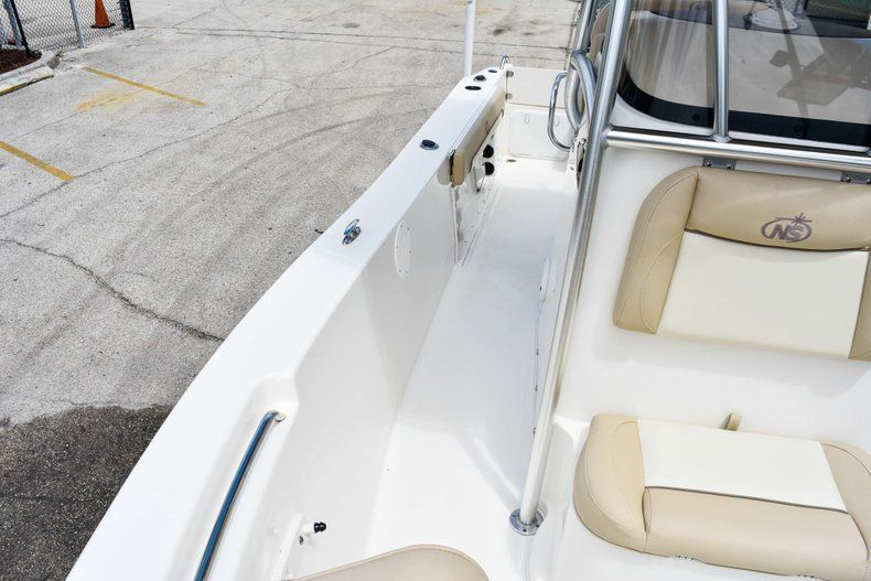 Thumbnail 55 for Used 2018 NauticStar 22XS boat for sale in Fort Lauderdale, FL