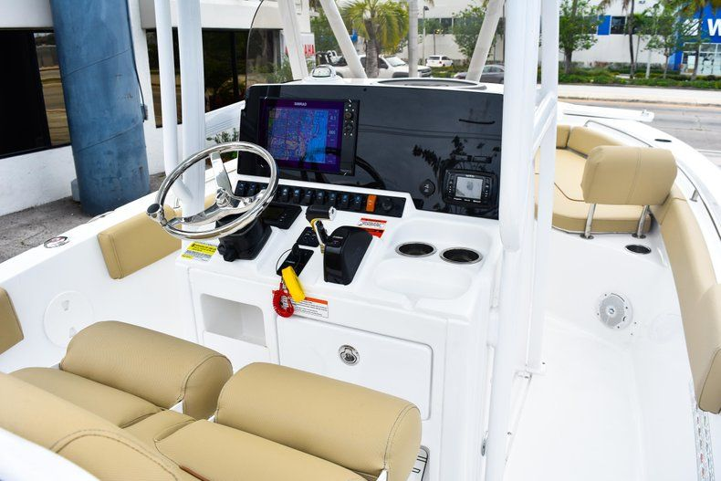 Thumbnail 32 for Used 2018 Sea Hunt 234 Ultra boat for sale in Fort Lauderdale, FL