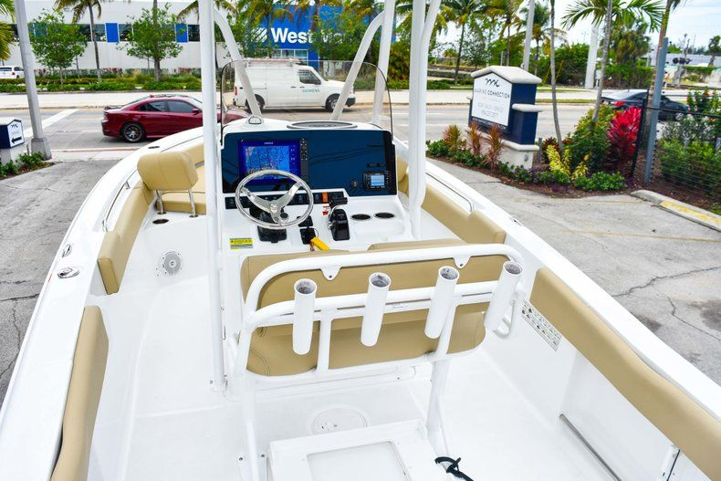 Thumbnail 47 for Used 2018 Sea Hunt 234 Ultra boat for sale in Fort Lauderdale, FL
