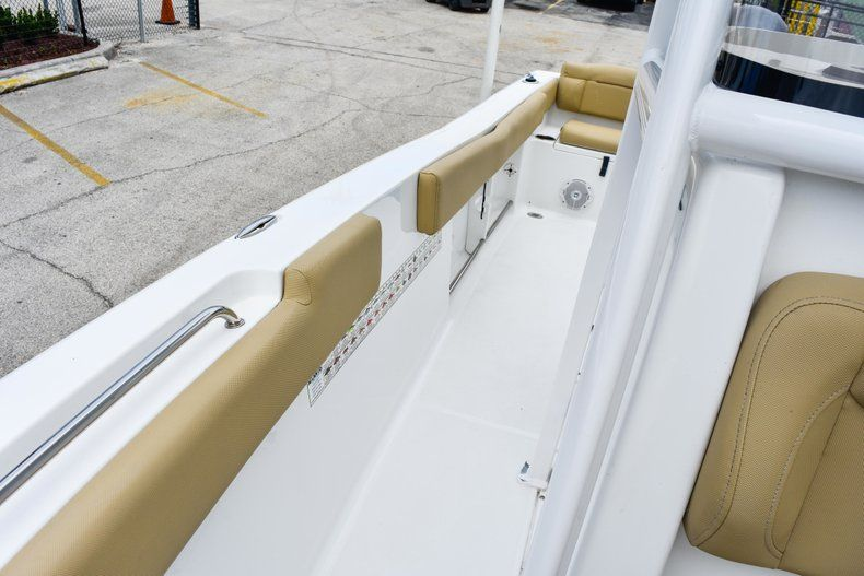 Thumbnail 72 for Used 2018 Sea Hunt 234 Ultra boat for sale in Fort Lauderdale, FL