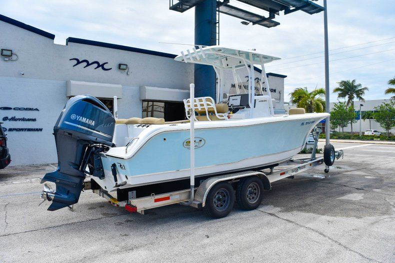 Thumbnail 9 for Used 2018 Sea Hunt 234 Ultra boat for sale in Fort Lauderdale, FL
