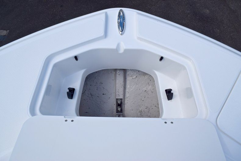 Thumbnail 52 for New 2019 Hurricane SunDeck SD 2200 OB boat for sale in West Palm Beach, FL