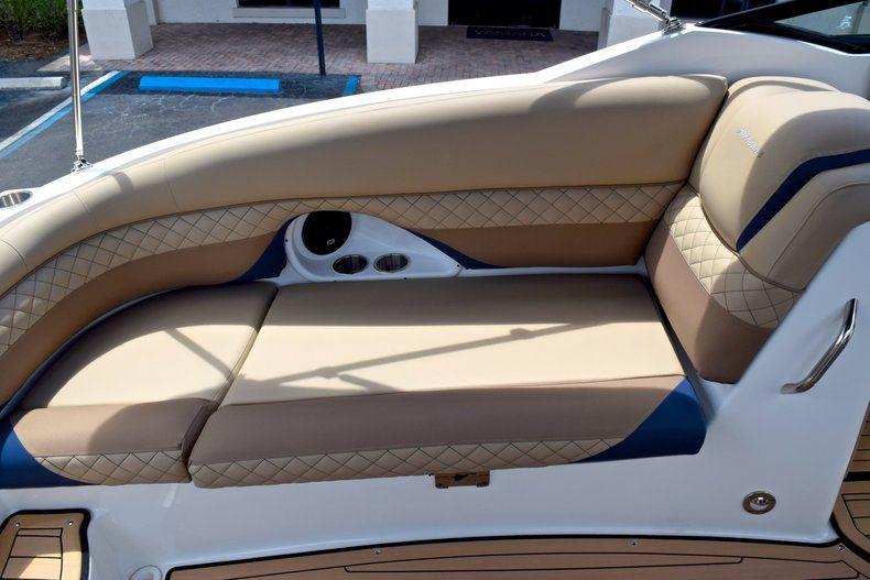 Thumbnail 20 for New 2019 Hurricane SunDeck SD 2690 OB boat for sale in Vero Beach, FL