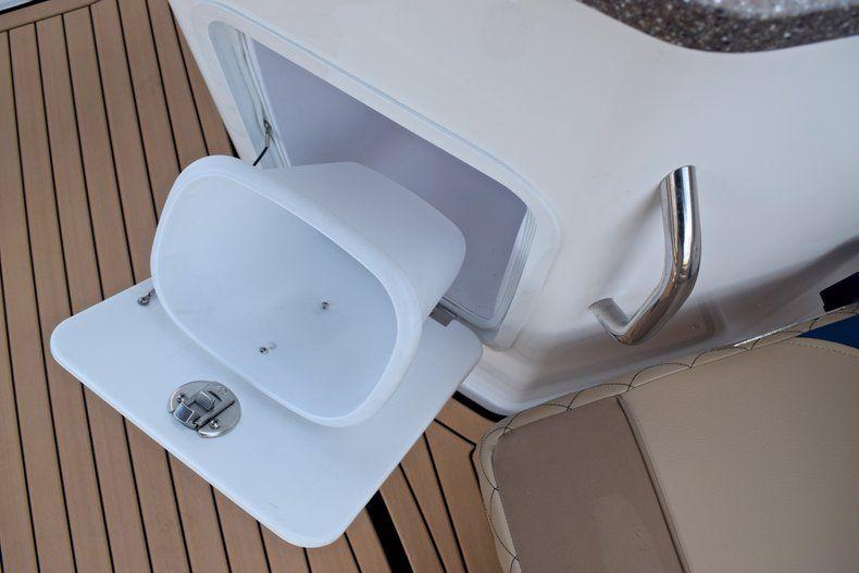 Thumbnail 24 for New 2019 Hurricane SunDeck SD 2690 OB boat for sale in Vero Beach, FL