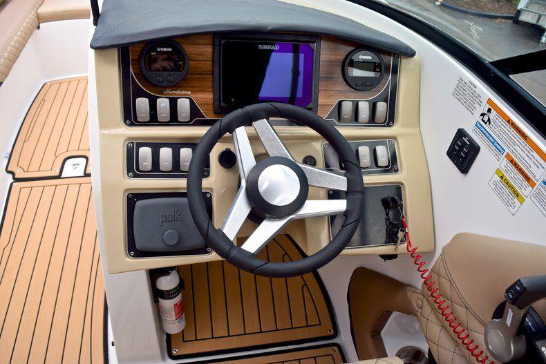 Thumbnail 34 for New 2019 Hurricane SunDeck SD 2690 OB boat for sale in Vero Beach, FL