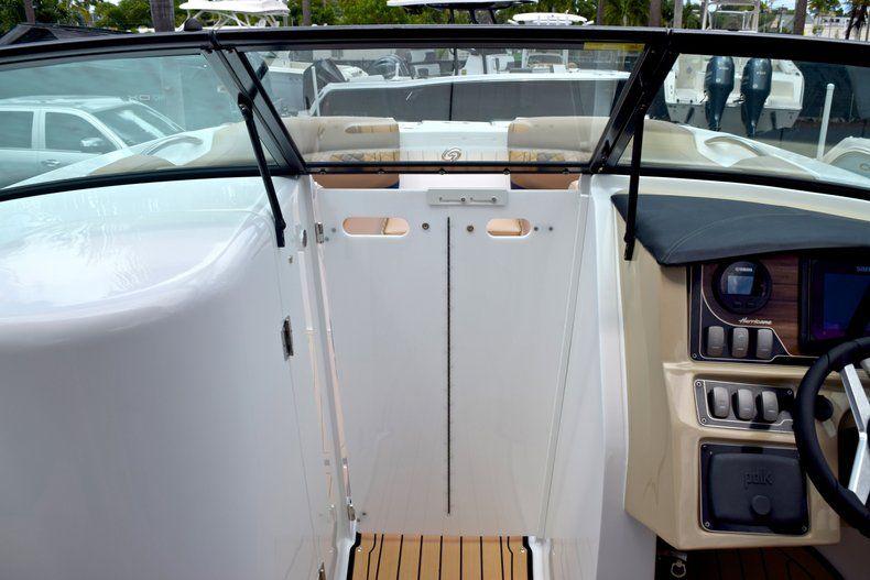 Thumbnail 45 for New 2019 Hurricane SunDeck SD 2690 OB boat for sale in Vero Beach, FL