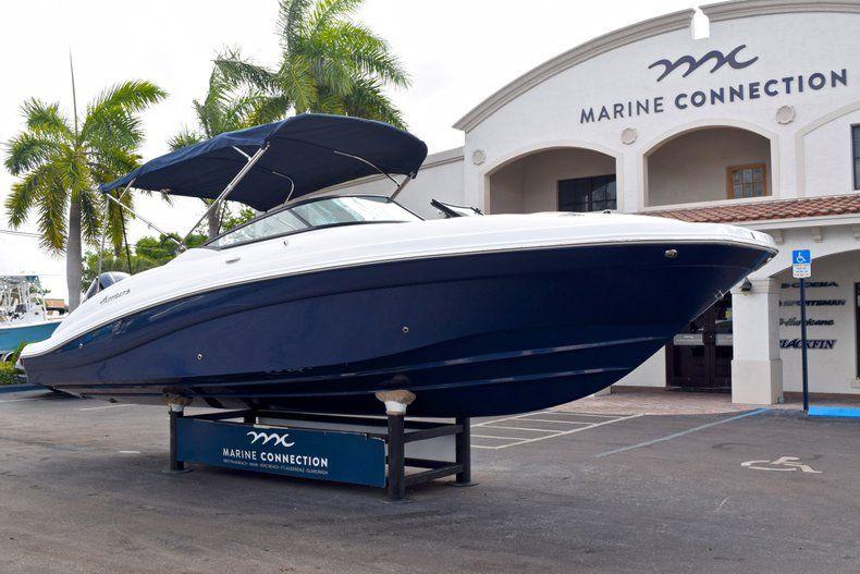 Thumbnail 1 for New 2019 Hurricane SunDeck SD 2690 OB boat for sale in Vero Beach, FL