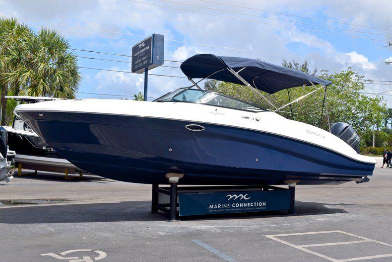 Thumbnail 3 for New 2019 Hurricane SunDeck SD 2690 OB boat for sale in Vero Beach, FL