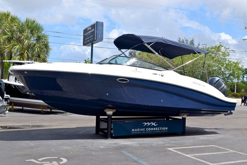 Image 3 for 2019 Hurricane SunDeck SD 2690 OB in West Palm Beach, FL