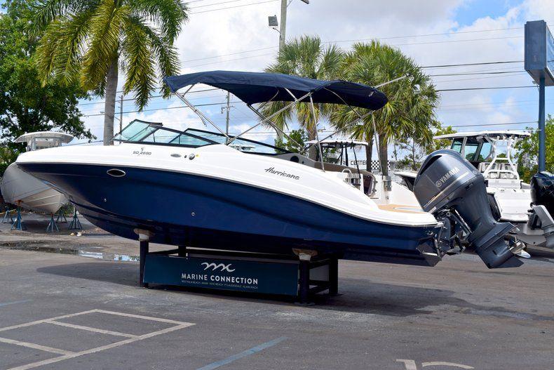 Thumbnail 5 for New 2019 Hurricane SunDeck SD 2690 OB boat for sale in Vero Beach, FL