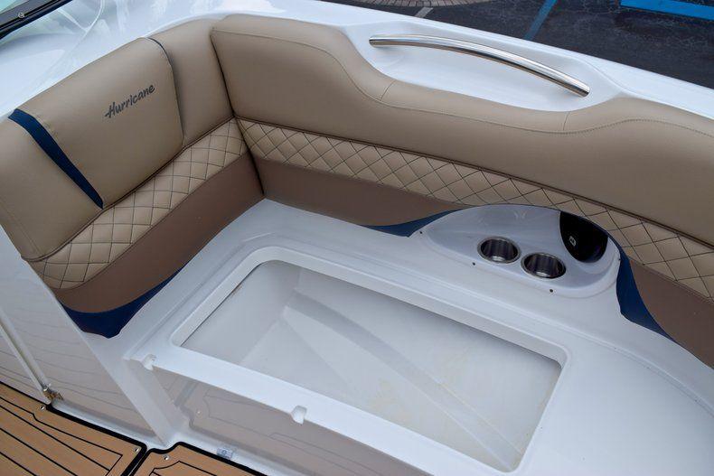 Thumbnail 51 for New 2019 Hurricane SunDeck SD 2690 OB boat for sale in Vero Beach, FL
