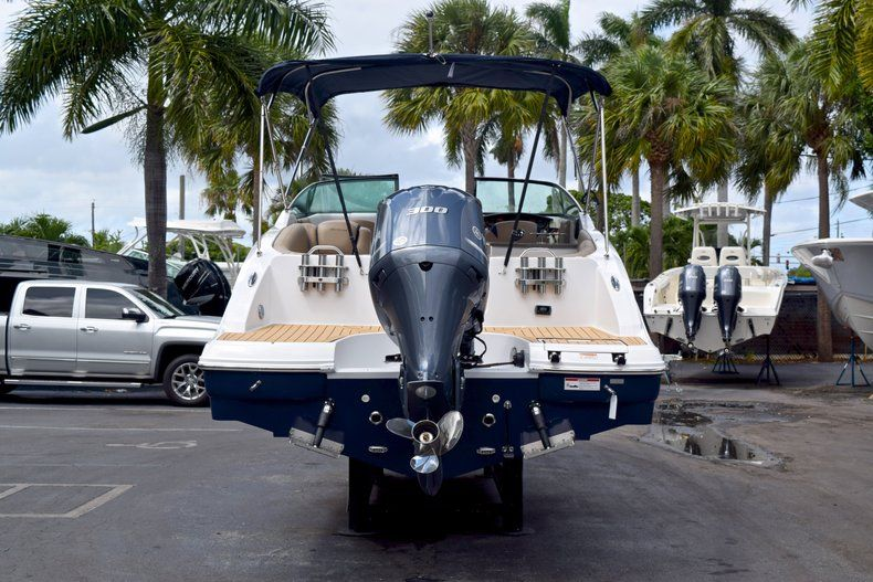 Thumbnail 6 for New 2019 Hurricane SunDeck SD 2690 OB boat for sale in Vero Beach, FL