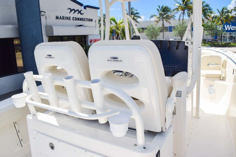 Thumbnail 22 for New 2019 Cobia 277 Center Console boat for sale in Fort Lauderdale, FL