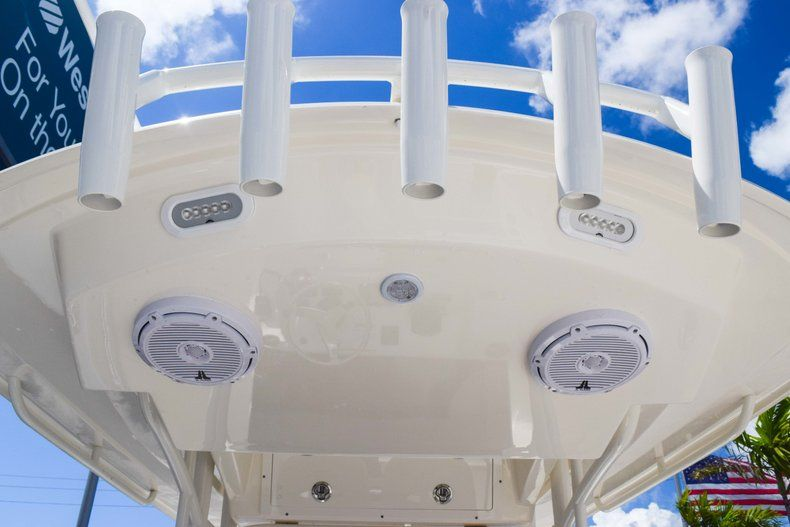 Thumbnail 36 for New 2019 Cobia 277 Center Console boat for sale in Fort Lauderdale, FL