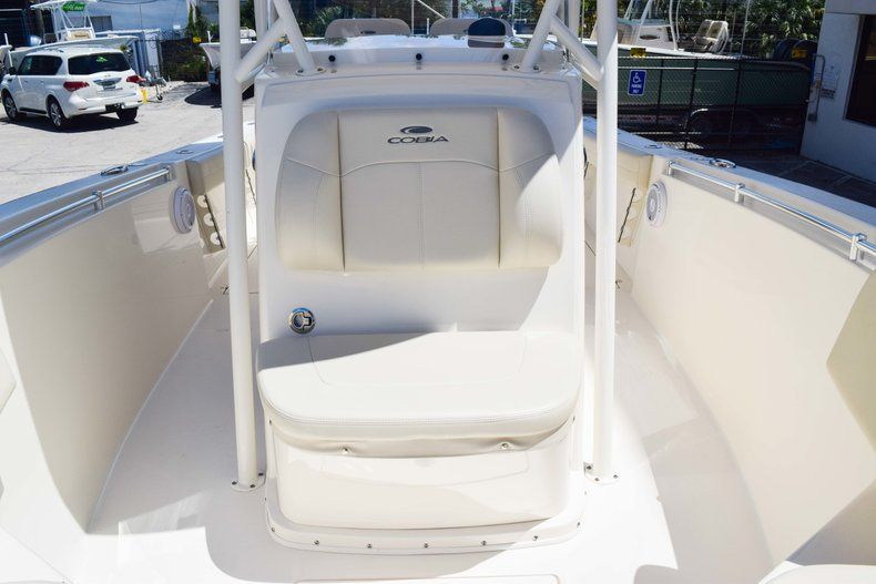 Thumbnail 55 for New 2019 Cobia 277 Center Console boat for sale in Fort Lauderdale, FL
