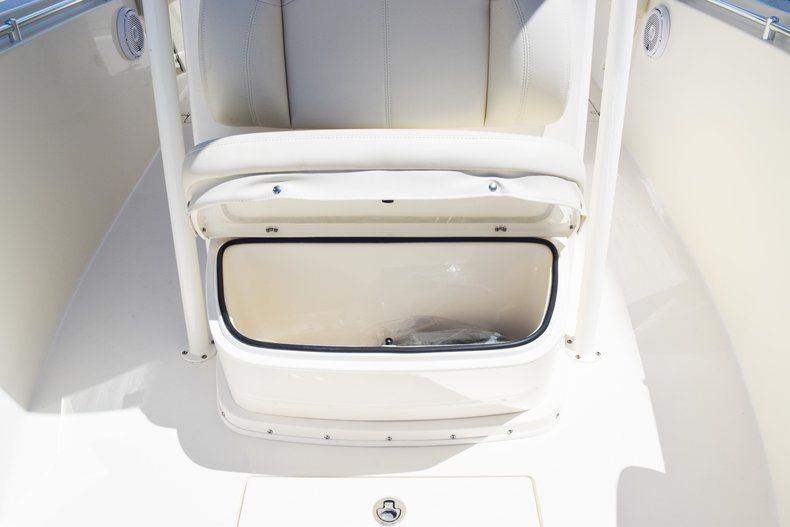 Thumbnail 56 for New 2019 Cobia 277 Center Console boat for sale in Fort Lauderdale, FL