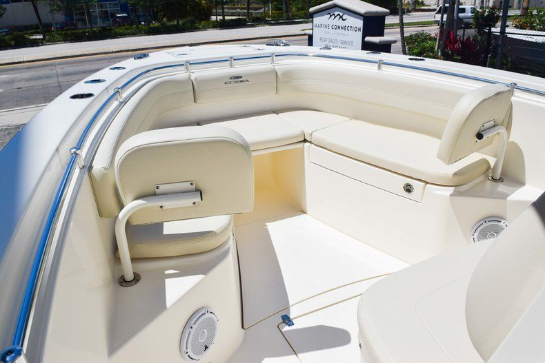 Thumbnail 43 for New 2019 Cobia 277 Center Console boat for sale in Fort Lauderdale, FL