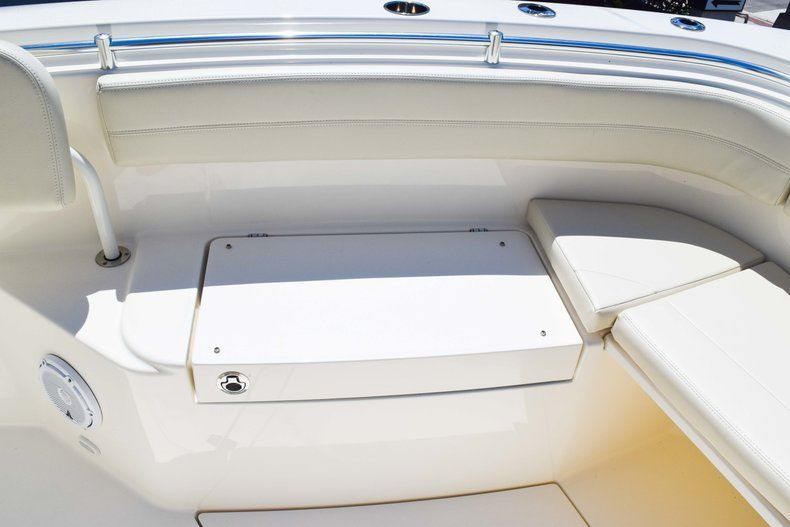Thumbnail 45 for New 2019 Cobia 277 Center Console boat for sale in Fort Lauderdale, FL