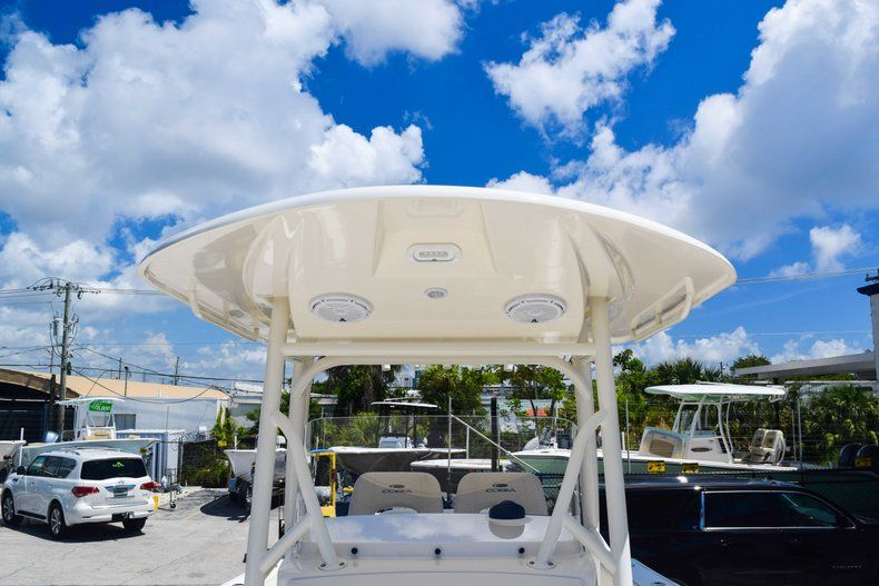 Thumbnail 62 for New 2019 Cobia 277 Center Console boat for sale in Fort Lauderdale, FL