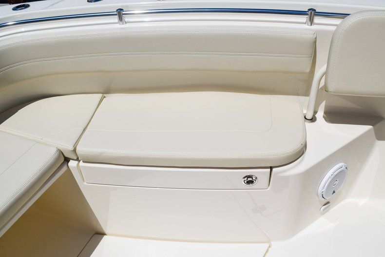 Thumbnail 47 for New 2019 Cobia 277 Center Console boat for sale in Fort Lauderdale, FL
