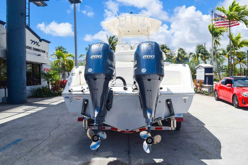Thumbnail 6 for New 2019 Cobia 277 Center Console boat for sale in Fort Lauderdale, FL