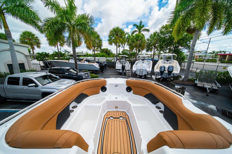 Thumbnail 30 for New 2019 Hurricane SunDeck SD 2400 OB boat for sale in Miami, FL