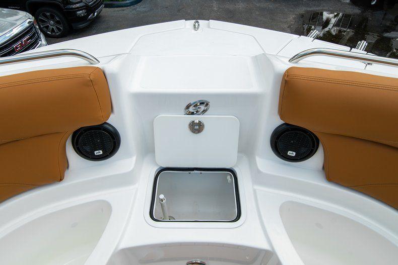 Thumbnail 34 for New 2019 Hurricane SunDeck SD 2400 OB boat for sale in Miami, FL