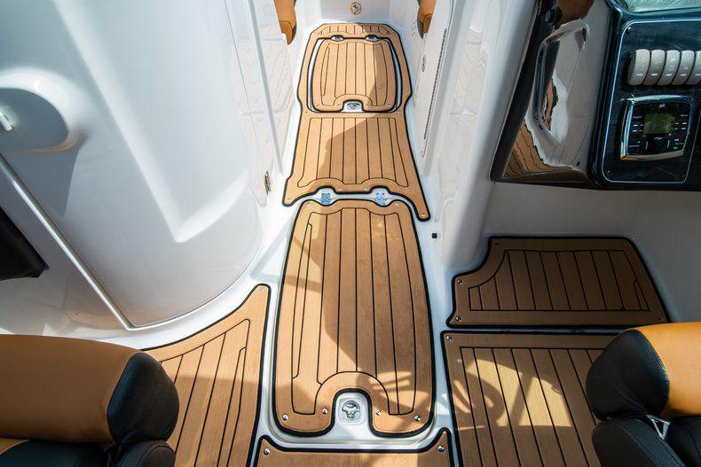 Thumbnail 25 for New 2019 Hurricane SunDeck SD 2400 OB boat for sale in Miami, FL