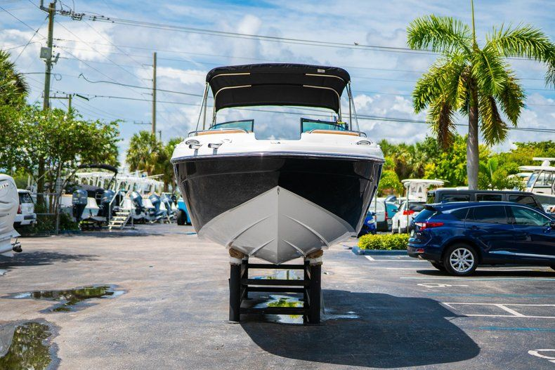 Thumbnail 2 for New 2019 Hurricane SunDeck SD 2400 OB boat for sale in Miami, FL