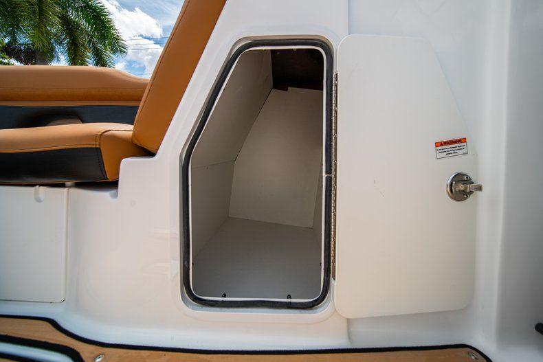 Thumbnail 28 for New 2019 Hurricane SunDeck SD 2400 OB boat for sale in Miami, FL