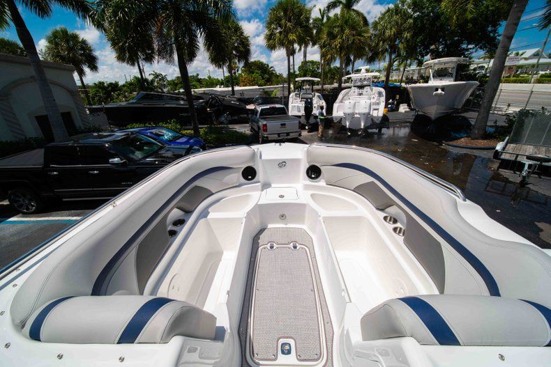 Thumbnail 26 for New 2019 Hurricane SunDeck SD 2400 OB boat for sale in West Palm Beach, FL