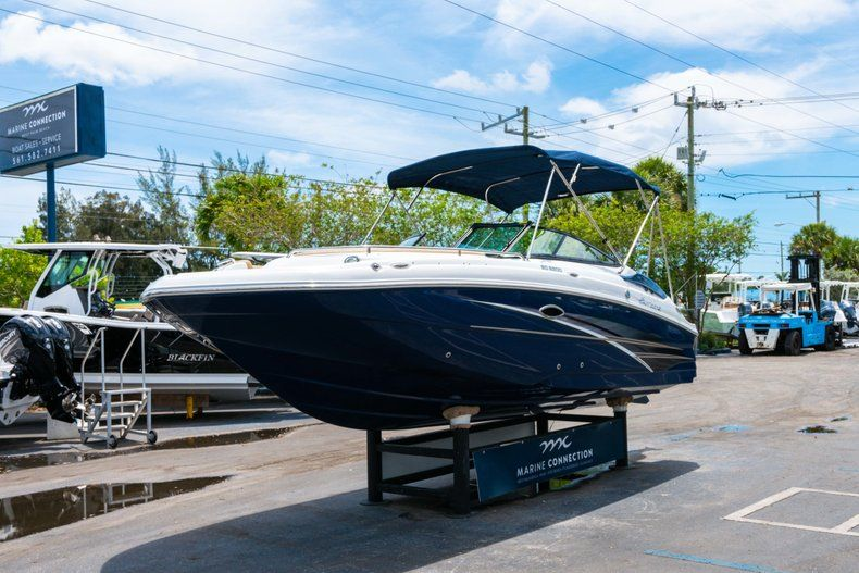Thumbnail 3 for New 2019 Hurricane SD 2200 OB boat for sale in Fort Lauderdale, FL