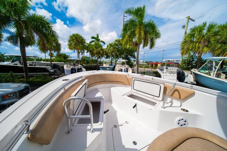 Thumbnail 38 for New 2019 Sportsman Open 232 Center Console boat for sale in Miami, FL
