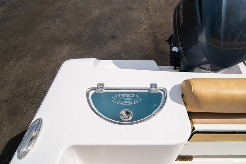 Thumbnail 13 for New 2019 Sportsman Open 232 Center Console boat for sale in Miami, FL