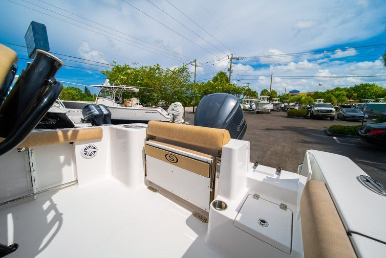 Thumbnail 15 for New 2019 Sportsman Open 232 Center Console boat for sale in Miami, FL