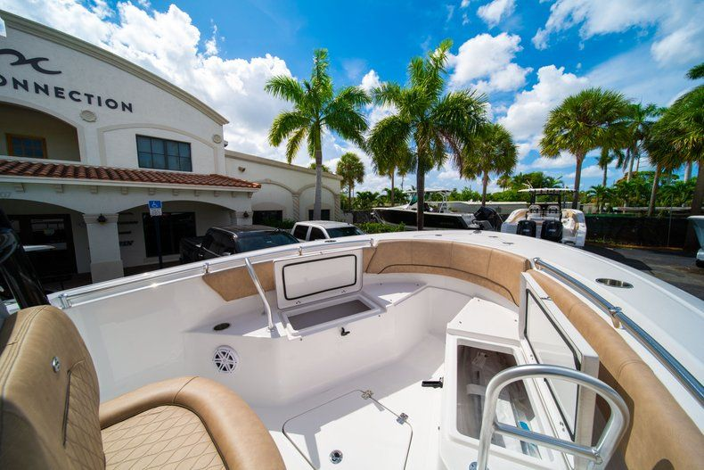 Thumbnail 35 for New 2019 Sportsman Open 232 Center Console boat for sale in Miami, FL