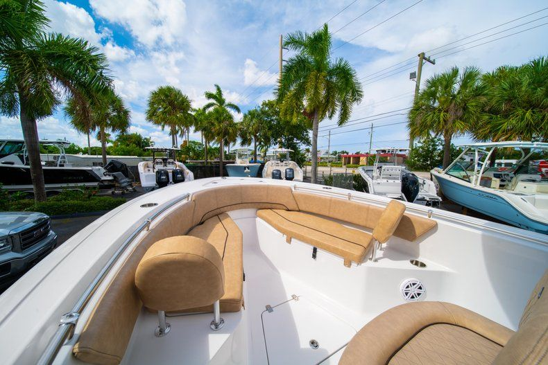 Thumbnail 36 for New 2019 Sportsman Open 232 Center Console boat for sale in Miami, FL