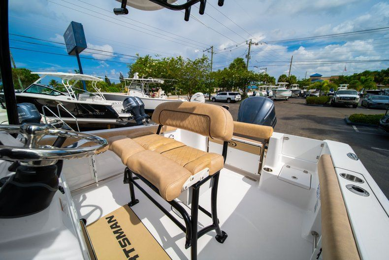 Thumbnail 30 for New 2019 Sportsman Open 232 Center Console boat for sale in Miami, FL