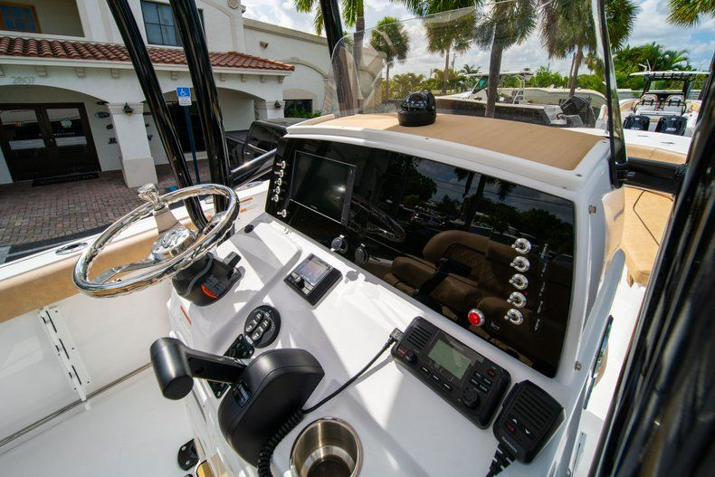 Thumbnail 23 for New 2019 Sportsman Open 232 Center Console boat for sale in Miami, FL