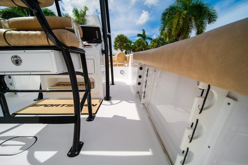 Thumbnail 19 for New 2019 Sportsman Open 232 Center Console boat for sale in Miami, FL